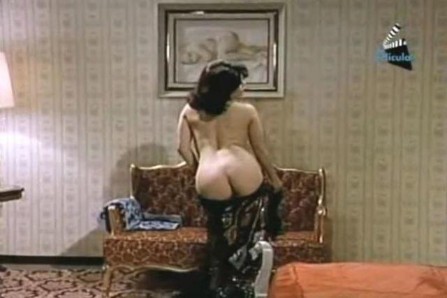 Norma Lee topless photo