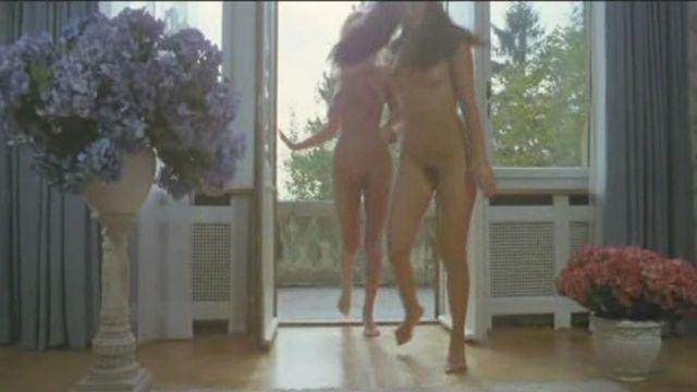 models Pascale Vital 20 years denuded snapshot home