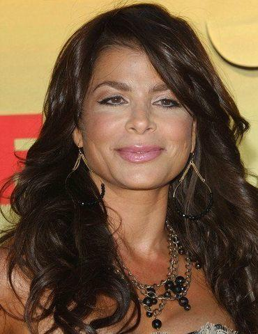 actress Paula Abdul 22 years uncovered photos in public