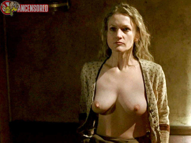 models Paula Malcomson 23 years Without camisole photoshoot in public