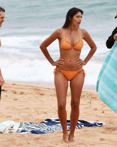 celebritie Pia Miller young unclad photos in public