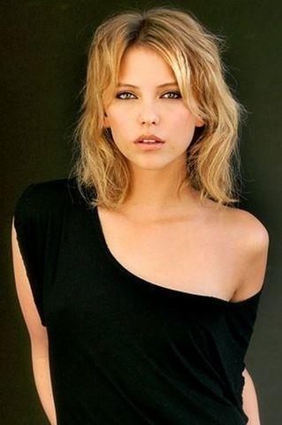 actress Riley Voelkel 24 years laid bare snapshot home