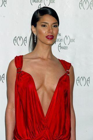 Hot foto Roselyn Sanchez tits