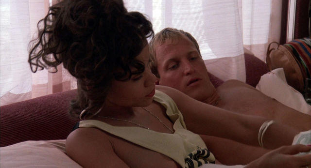 celebritie Rosie Perez young unclothed snapshot home