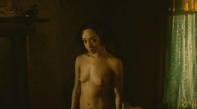 actress Ruth Negga 25 years lewd picture beach