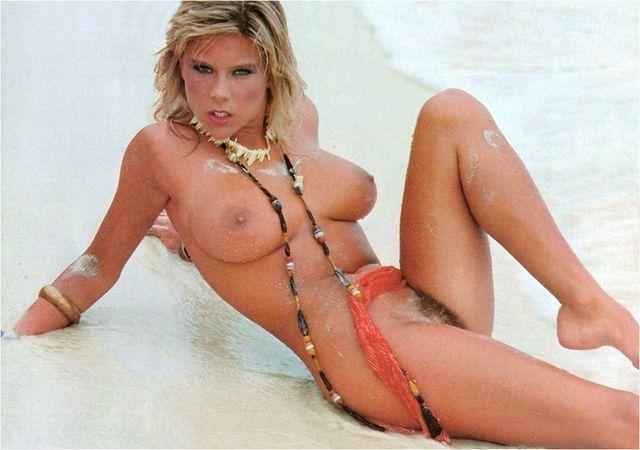 Naked Samantha Fox picture