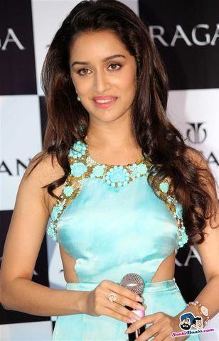 Sexy Shraddha kapoor picture High Definition