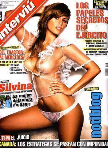 celebritie Silvina Luna 19 years swimsuit foto in public