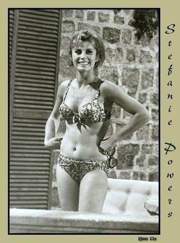 actress Stefanie Powers 19 years provocative foto home