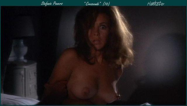 models Stefanie Powers 21 years in the buff photography beach