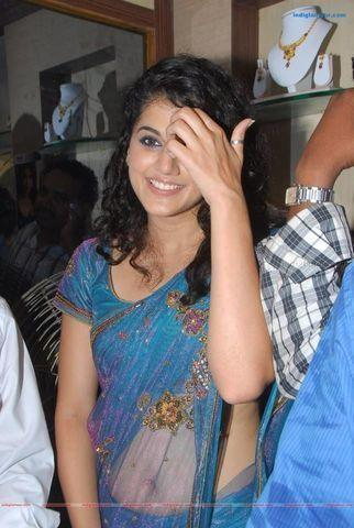 actress Taapsee Pannu 18 years concupiscent photos home
