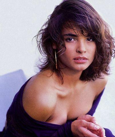 actress Talisa Soto 19 years in the buff snapshot in the club