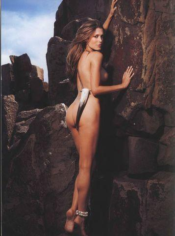 models Tara Moss 19 years k-naked image beach