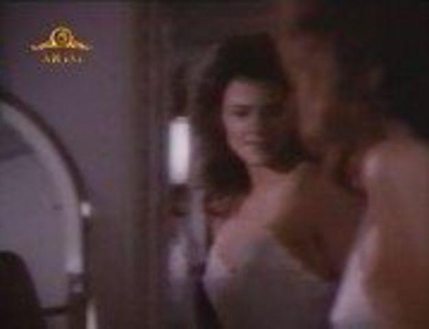Sexy Terry Farrell snapshot High Definition