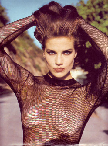 celebritie Terry Farrell 19 years naturism snapshot in the club
