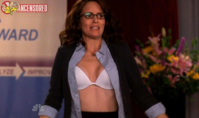 actress Tina Fey 22 years Without swimming suit pics beach