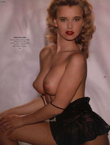 actress Tina Ruland 23 years buck naked image in the club