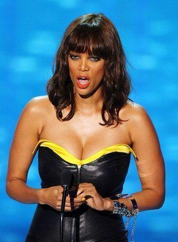 actress Tyra Banks 25 years fervid photo in the club