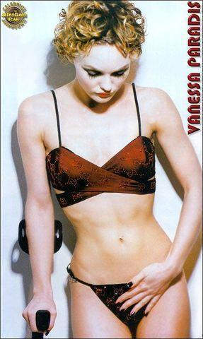 models Vanessa Paradis 20 years Uncensored photography in public