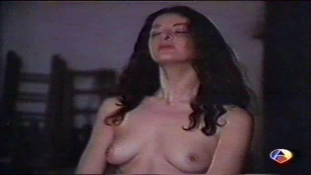 celebritie Vicky Palma 24 years libidinous foto in public