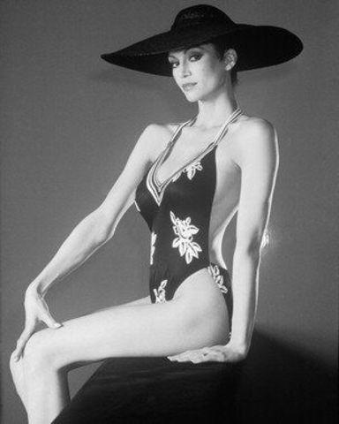 celebritie Victoria Principal 2015 lascivious photo home