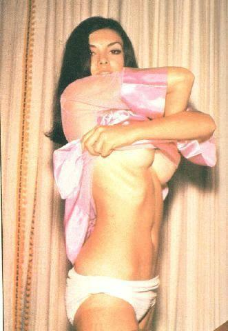 actress Victoria Principal 22 years lecherous picture home