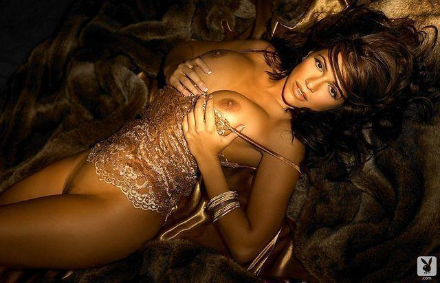 celebritie Vida Guerra 19 years lewd photography in the club