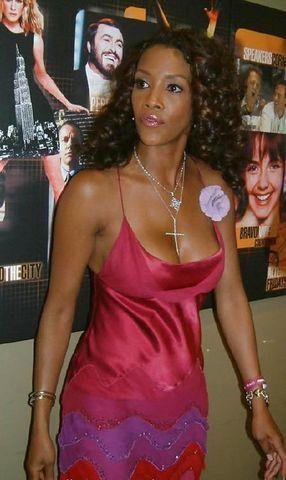 celebritie Vivica A. Fox teen romantic foto home