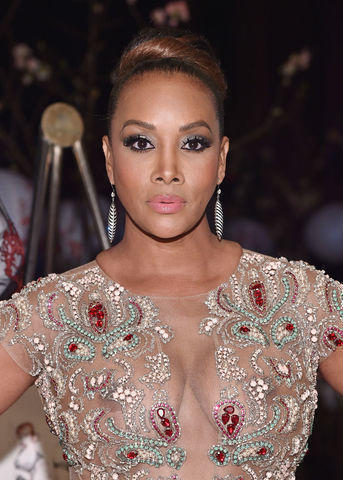 actress Vivica A. Fox young k-naked photo home