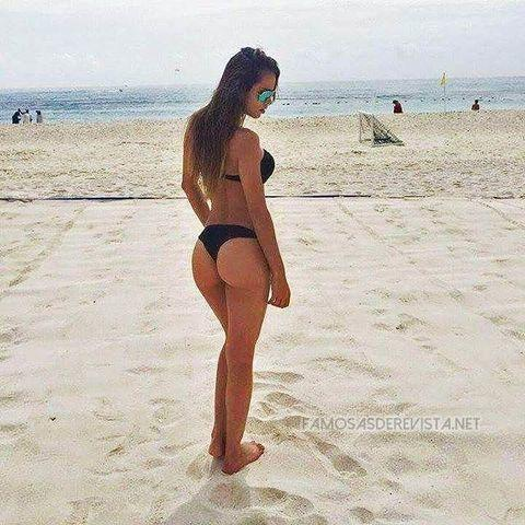 Naked Yanet Garcia picture