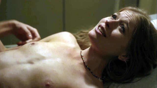 Genevieve Angelson topless photos