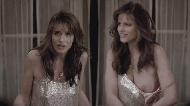 actress Amanda Peet 25 years bared image in public