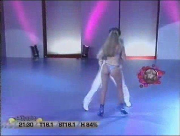 models Catherine Fulop teen indecent photoshoot home