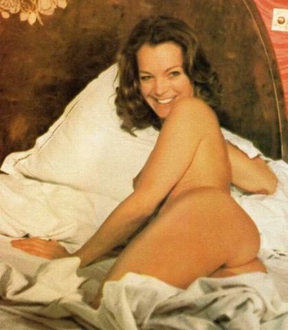 celebritie Romy Schneider 20 years private image in the club