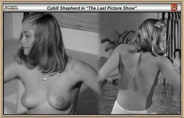 models Cybill Shepherd 25 years swimming suit image in public