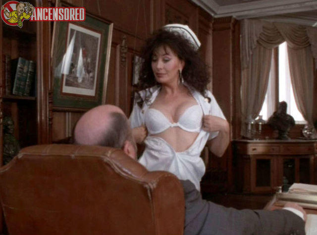 celebritie Lesley-Anne Down 2015 libidinous photoshoot home