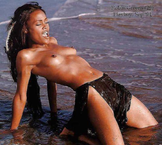 models Robin Givens 18 years unexpurgated image beach