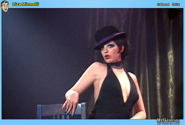 actress Liza Minnelli 21 years bare-skinned photoshoot in the club