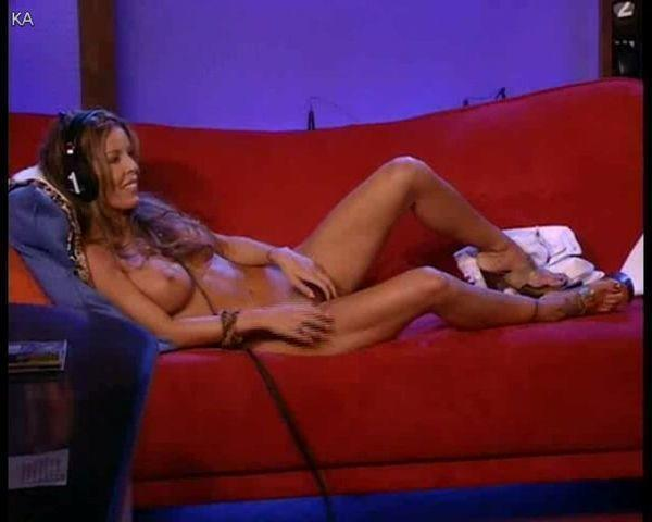 actress Tabitha Stevens 25 years nipple snapshot home