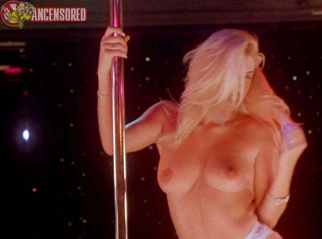 celebritie Tamara Nicole Bennett 23 years Uncensored photos in the club