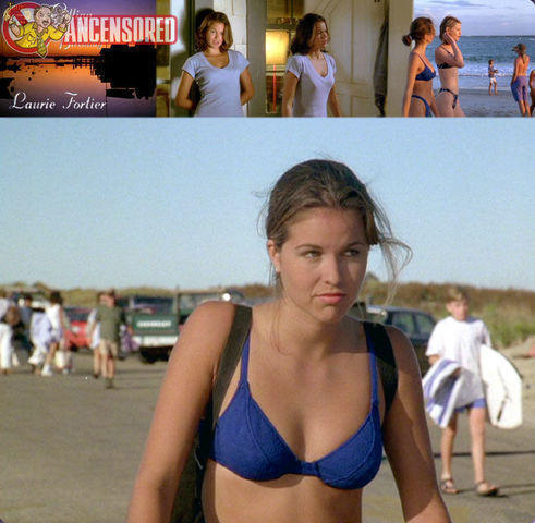 celebritie Laurie Fortier 22 years sky-clad photo beach