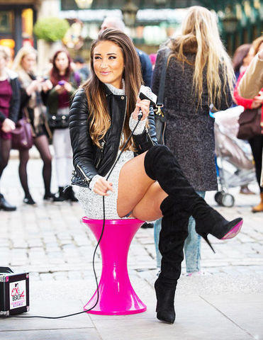 actress Megan McKenna 19 years Without panties photos in the club