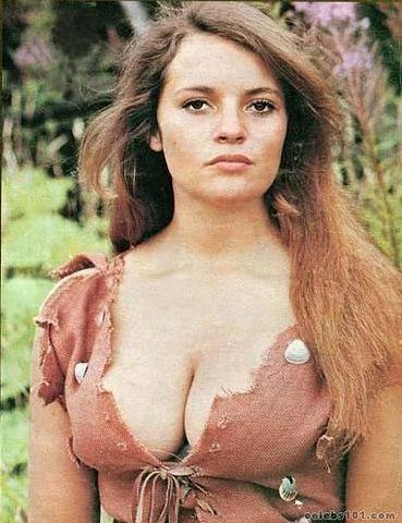 Hot photos Dana Gillespie tits