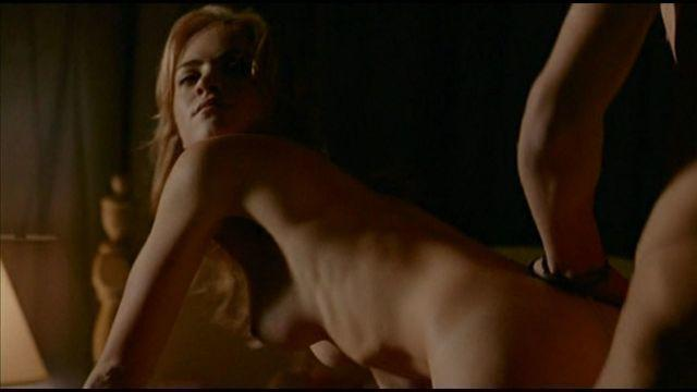models Emily Wickersham 18 years k naked foto in public