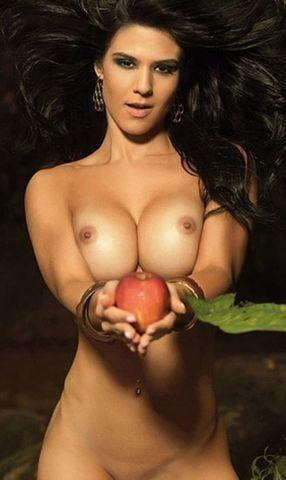 actress eva andressa 23 years naturism photoshoot in public