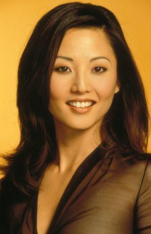 celebritie Tamlyn Tomita 19 years obscene photo beach