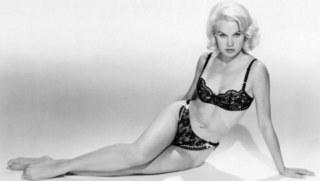 actress Carroll Baker 21 years rousing picture in the club
