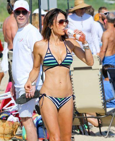 celebritie Bethenny Frankel 19 years fleshly photos in public