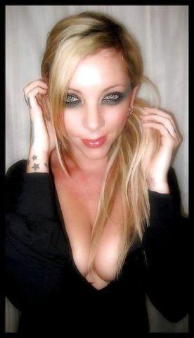 actress Maria Brink 2015 stolen photo in public