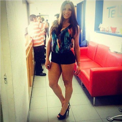 actress Alejandra Rivera 23 years fervid picture in the club